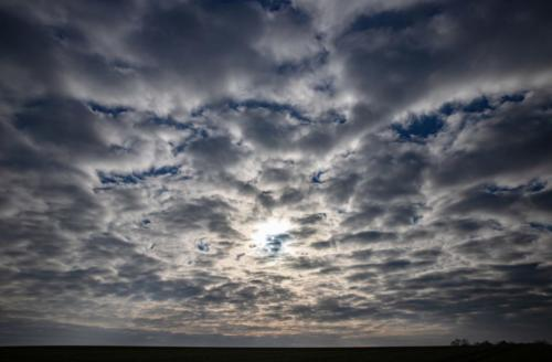 Winzige Sonne im Wolkenmeer, 10.01.2021