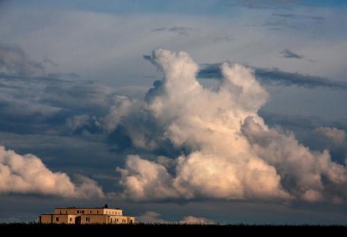 Wolken über dem Haus 19.04.2012