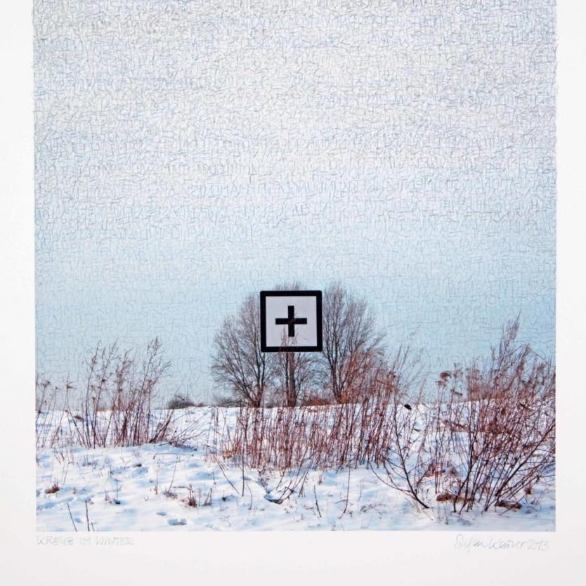 Stefan Kaiser, Kreuz im Winter, 2013, 45 x 32 cm, Fotografie und Zeichnung, Privatbesitz