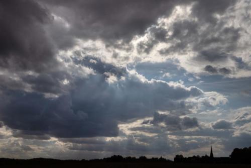 Regenverheißende Sonnenstrahlen 23.09.2020
