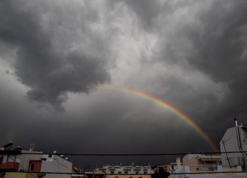 Schwarz mit Regenbogen 21.10.2020